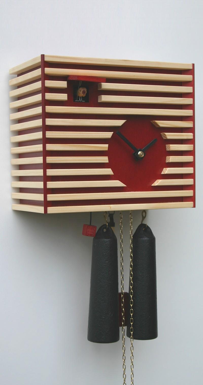 Moderne kuckucksuhr bauhaus stil rot 8 tage werk 8 for Moderne kuckucksuhr